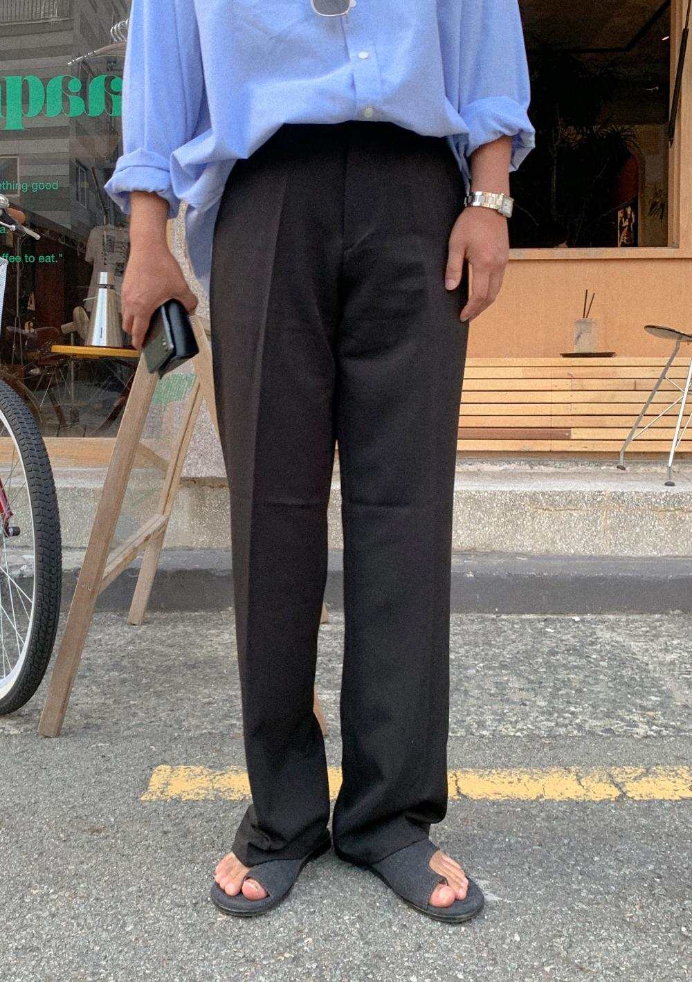 바지 모델 착용 이미지-S1L10